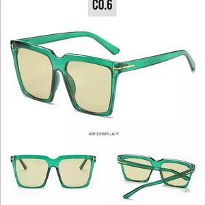 Women's Oversized Vintage Sunglasses 🕶 10400